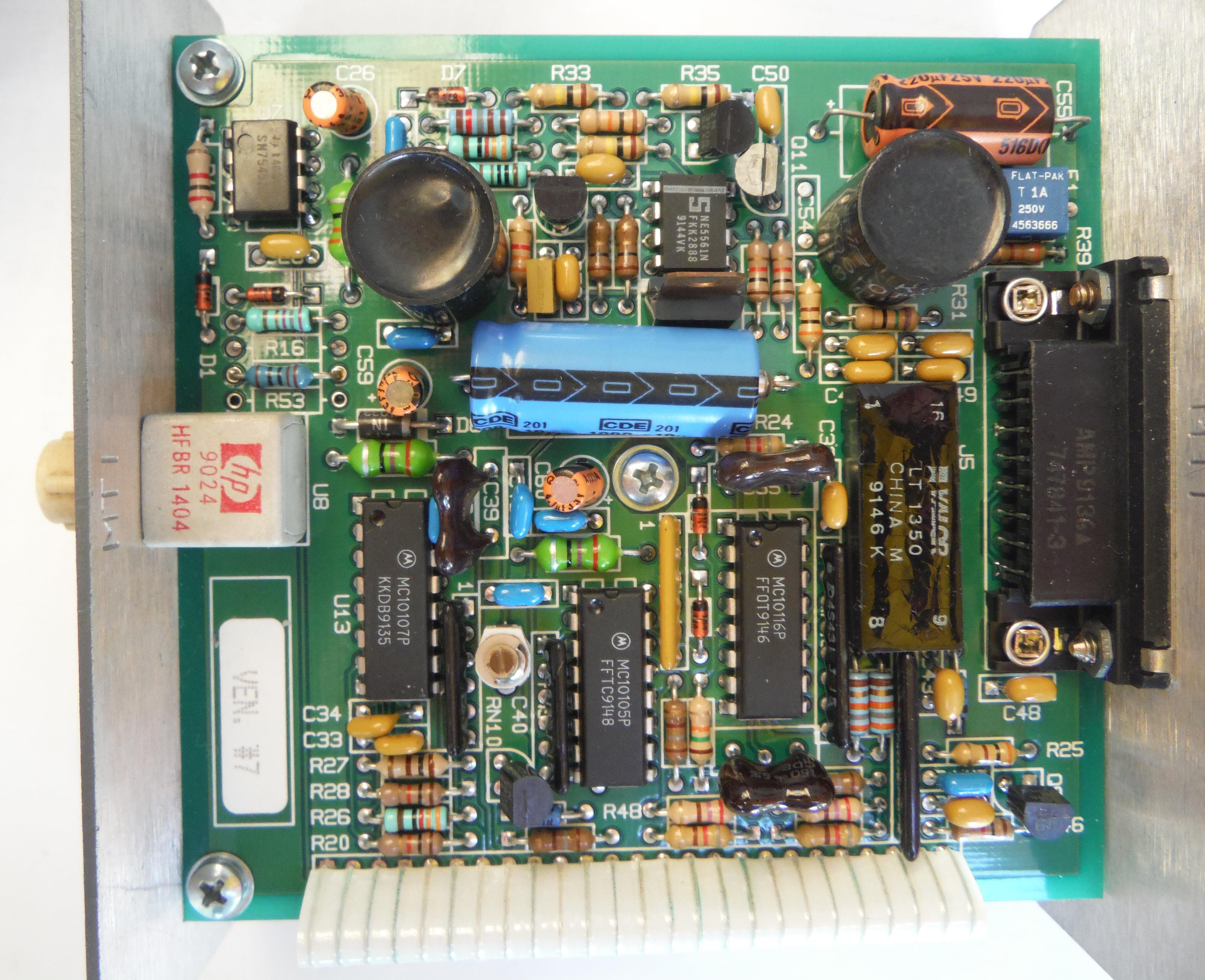 Chipcom ORnet Fiber Optic Transceiver 9301T-ST